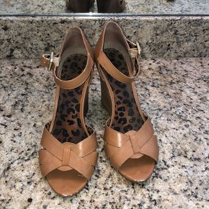 Tan Jessica Simpson wedges size 9